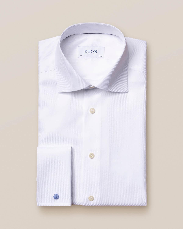 Vit skjorta i texturerad twill med dubbel manschett