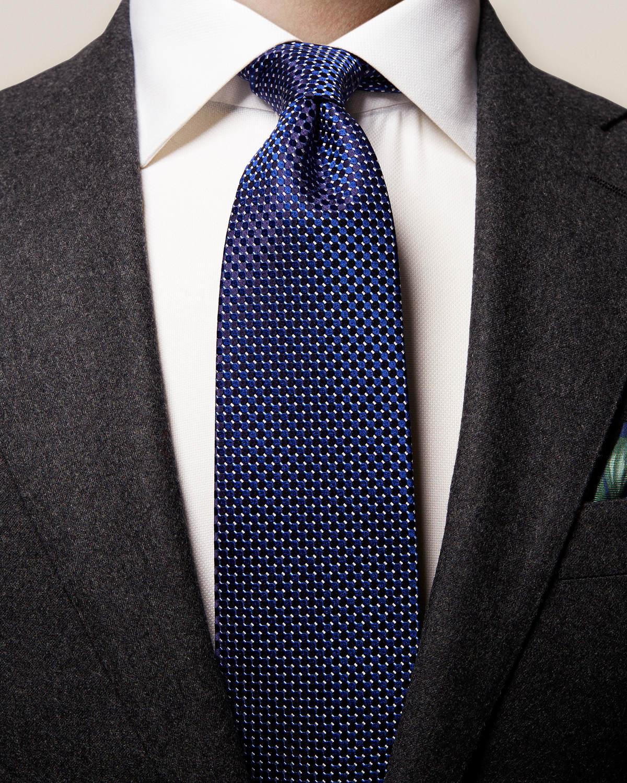 Mörkblå sidenslips med geometriskt mönster