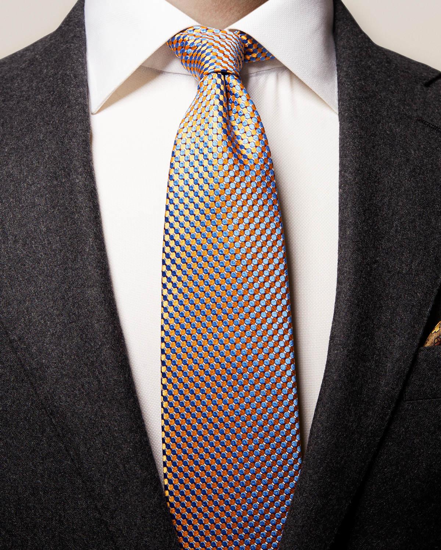 Gul sidenslips med geometriskt mönster