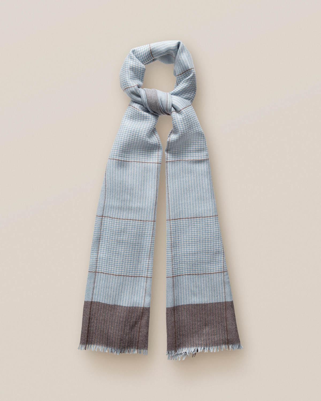 Ljusblå scarf i kashmir och siden