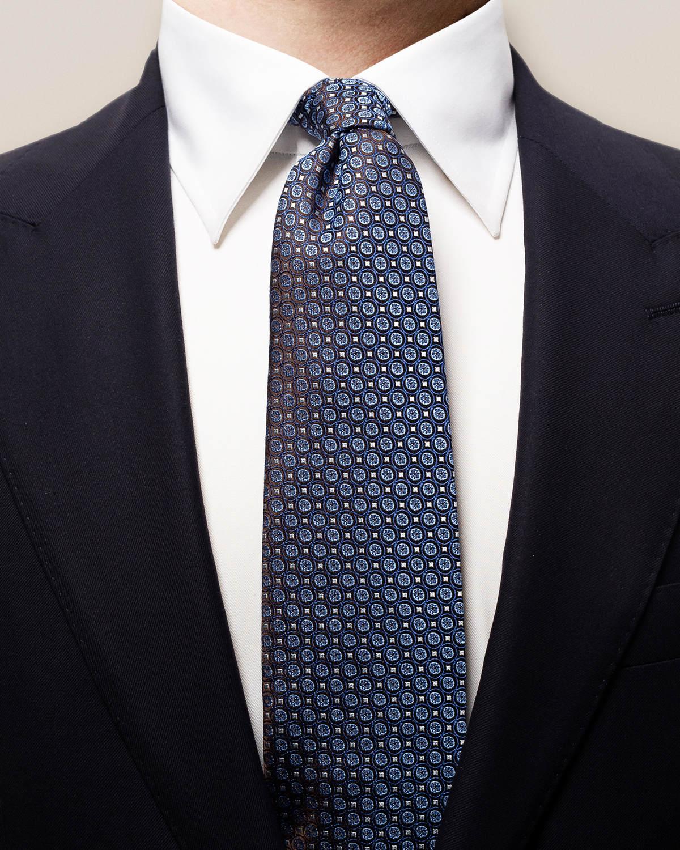 Blå sidenslips med prickar
