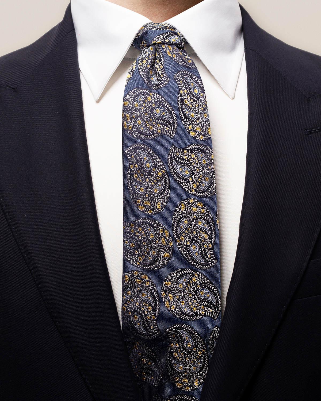 Marinblå paisleymönstrad slips