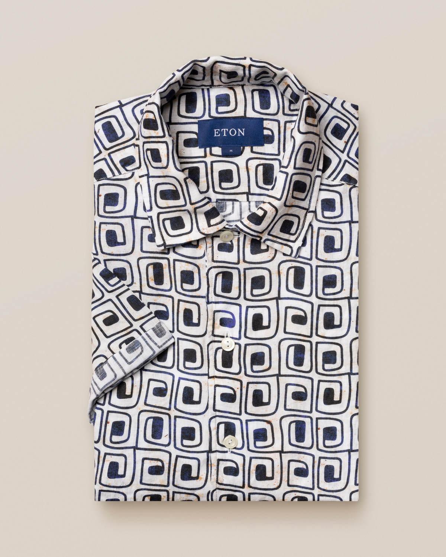 Beige resortskjorta i linne med blocktryck