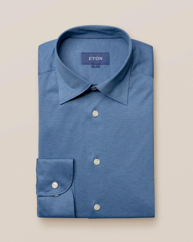 Blå jerseyskjorta