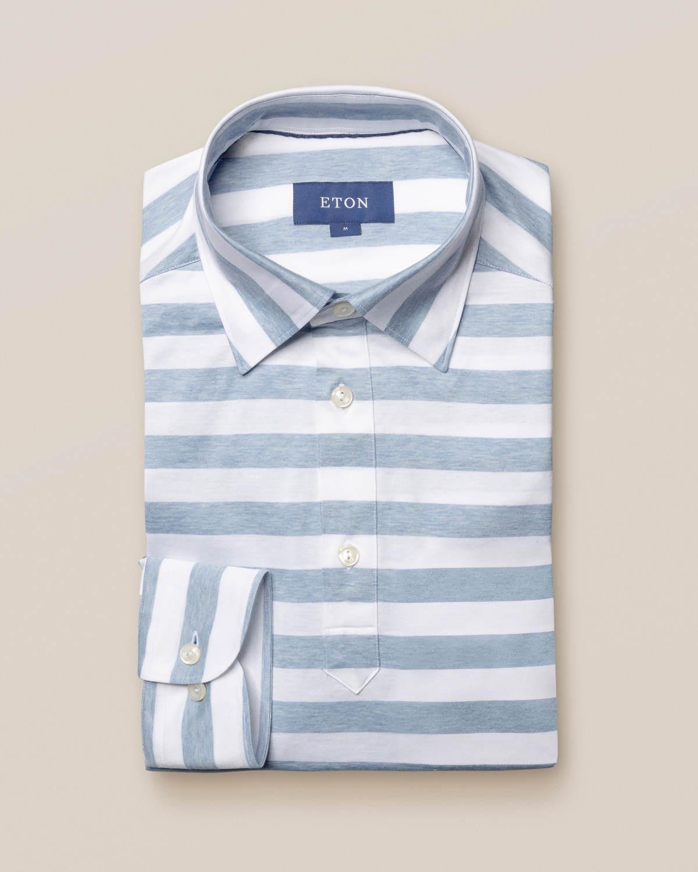 Ljusblå popover-skjorta i randigt jerseytyg