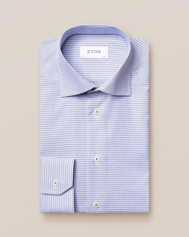 Blå mikrovävd skjorta
