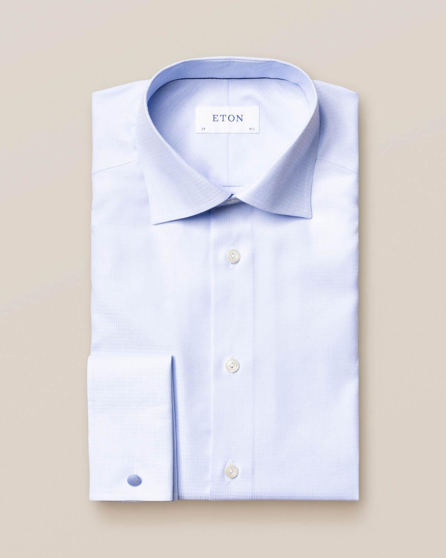 Ljusblå mikrovävd twillskjorta med dubbel manschett