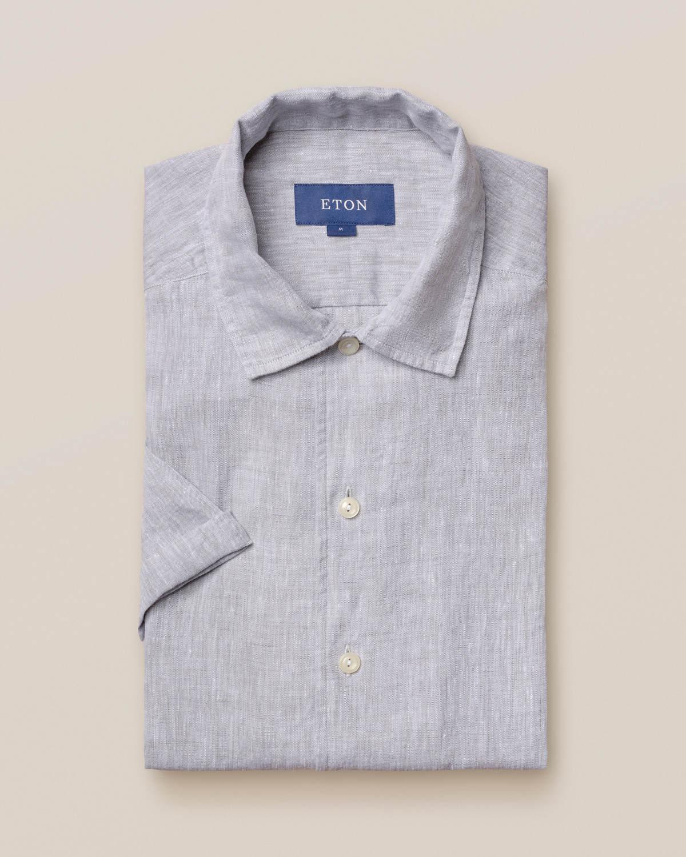 Grå resortskjorta i linne – kortärmad