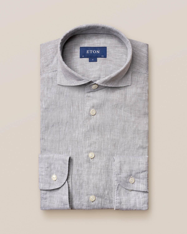 Grå linneskjorta