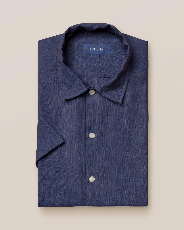 Marinblå resortskjorta i linne – kortärmad
